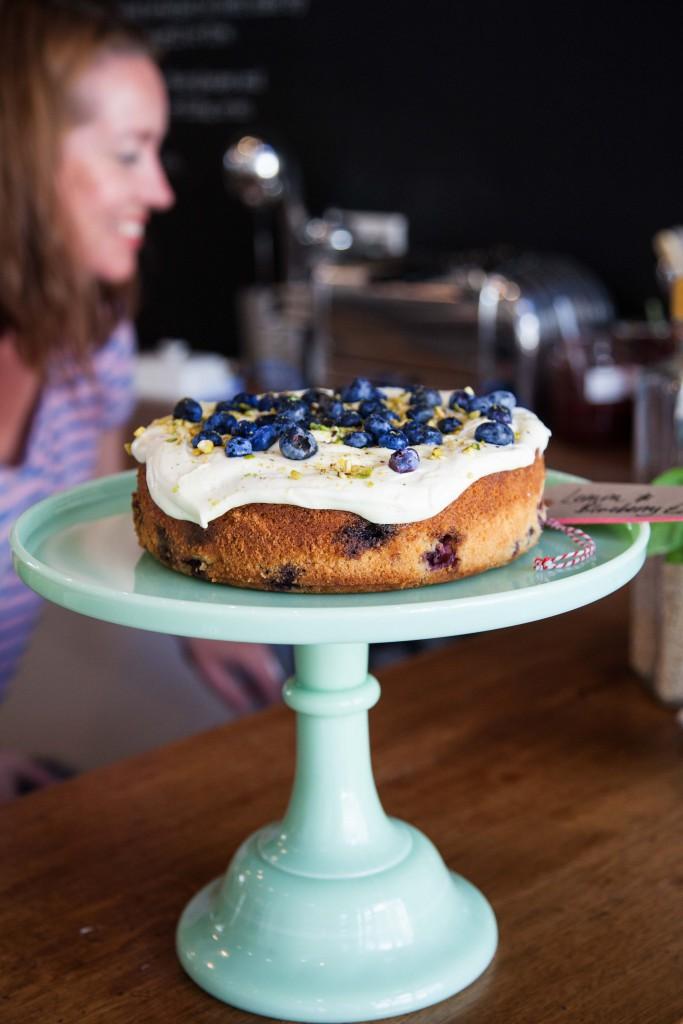 04Lemon&blueberrycake-1